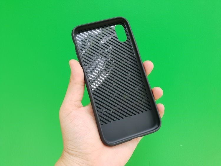 deo-carbon-iphone-x-5
