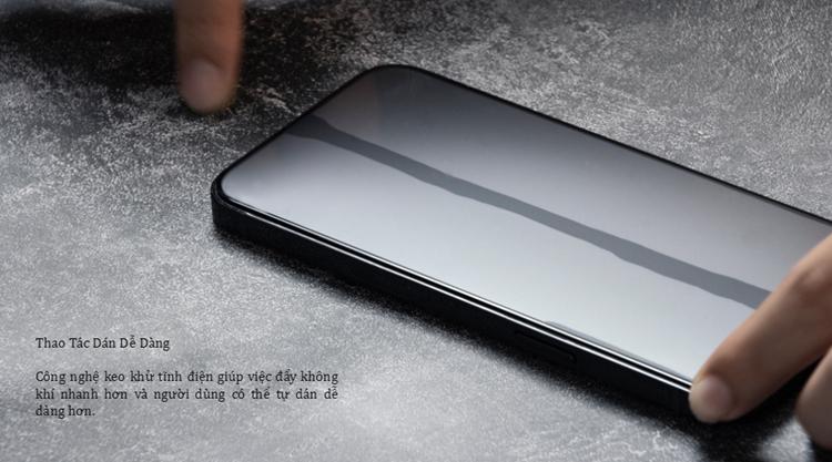 Dán cường lực ZeeLot SOLIDSLEEK chống vân tay iPhone 13 Promax