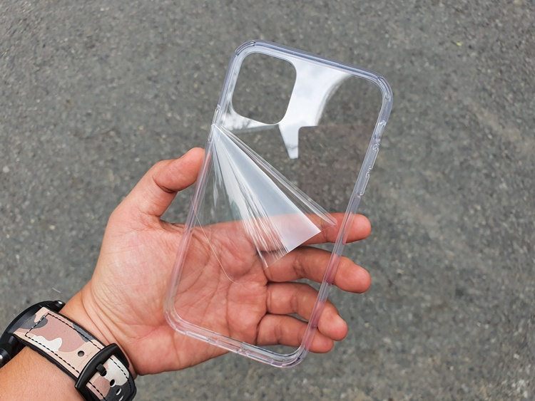 Ốp dẻo LIKGUS trong iPhone 11