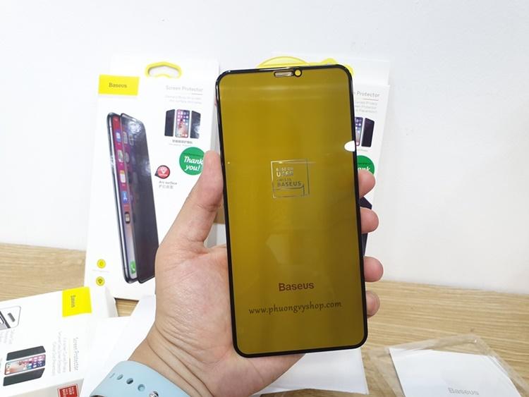 Dán cường lực Baseus iPhone (chống nhìn trộm)