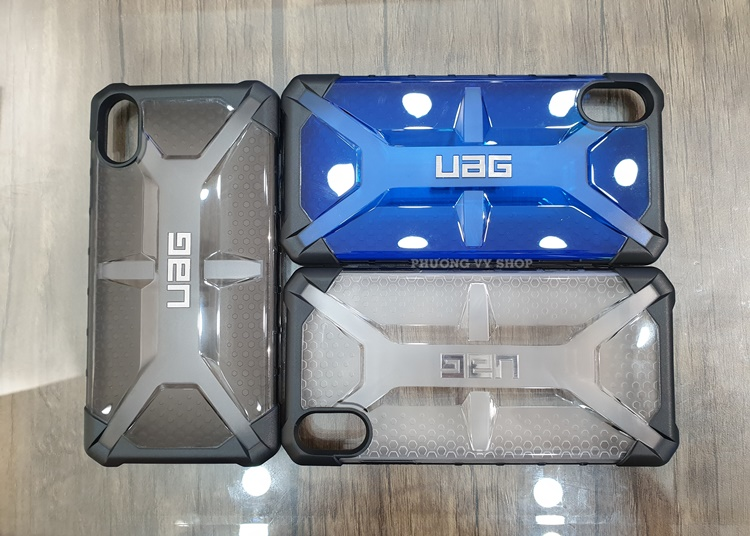 uag-plasma-iphone-xs-max-7