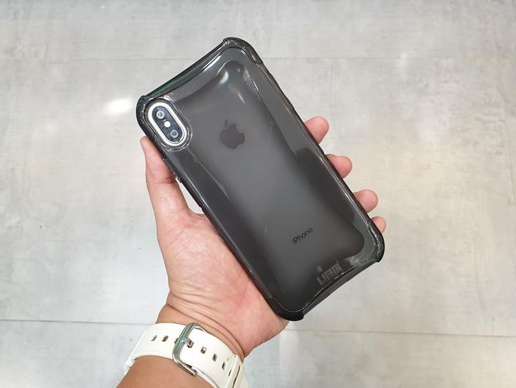 uag-plyo-iphone-xs-max-1